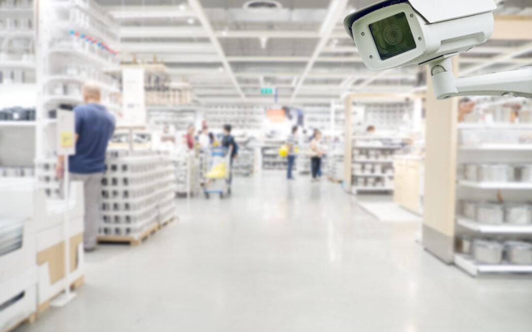 無人コンビニの商品棚監視カメラ